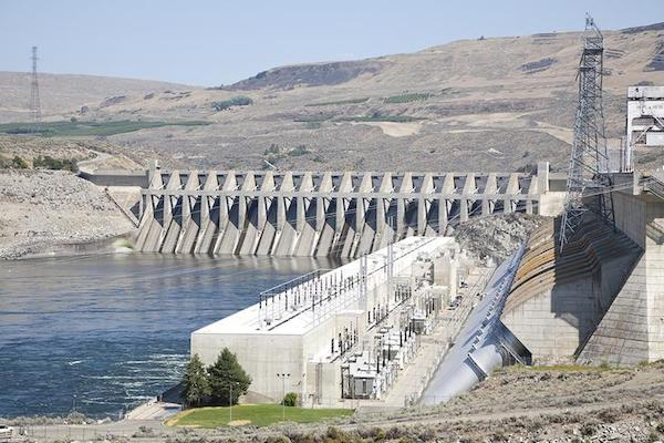 Chief Joseph Dam is on the Columbia River in eastern Washington at Bridgeport. (photo: U.S. Army Corps of Engineers)