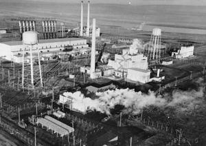The B reactor complex, operating in the 1940s, was the earliest facility to turn out large amounts of waste at Hanford.