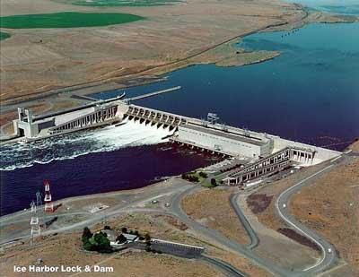 Ice Harbor Lock and Dam, located at the sight of Washington states