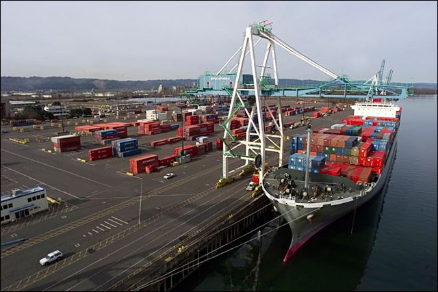 Port of Portland's T6 terminal during labor/management disputes in the summer of 2012.