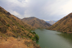 The Snake River carves its way through Hells Canyon along the Idaho-Oregon border. A multiyear study of mercury contamination in the fish along this stretch of the river is currently underway.