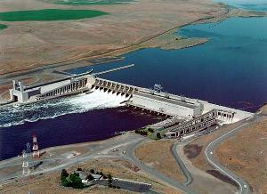 (EPA photo) Ice Harbor Dam on the Lower Snake River near Pasco, Washington
