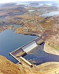 Grand Coulee Dam in northern Washington is the largest dam and largest power plant in the United States