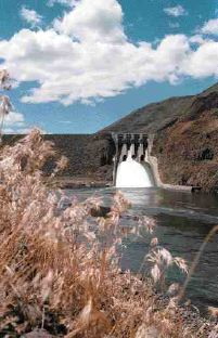(Kim Hughes) Hells Canyon Dam on the Snake River