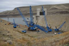 The 350 US ton (318 tonnes) lifts will take place at Lower Monumental Dam.