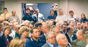 (Barry Kough) A standing-room-only crowd packs the congressional hearing Monday in Clarkston on the Lower Snake River dams.