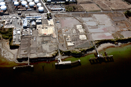 (Bruce Ely) A vacant former chemical factory in Portland, part of the Portland Harbor Superfund site.