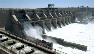 (Jackie Johnston, 7/1/99) Ice Harbor Dam on the Snake River near Burbank, Wash.